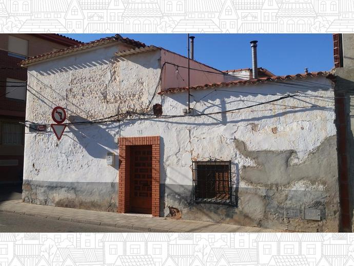 Foto 1 de Chalet en Calle Figueras 1 / Villarrobledo