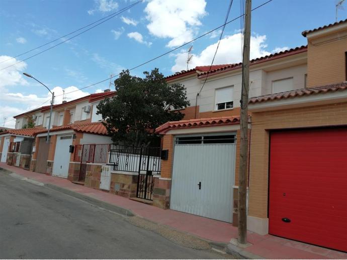 Foto 2 de Chalet en Calle Las Rosas 2 / Fuente el Fresno