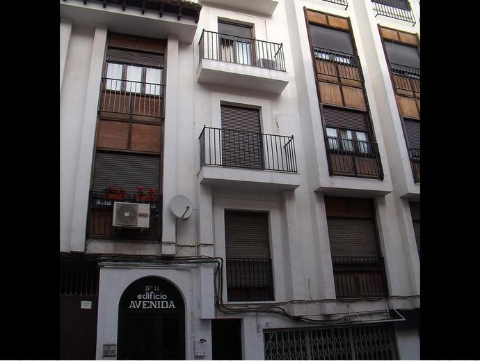 Foto 1 de Piso en Calle Doctor Tabera Y Araoz 11 / Hellín