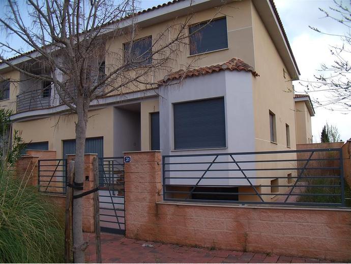Foto 1 de Casa adosada en  Ronda Del Salobral, 21 / Pedanías - Extrarradio,  Albacete Capital