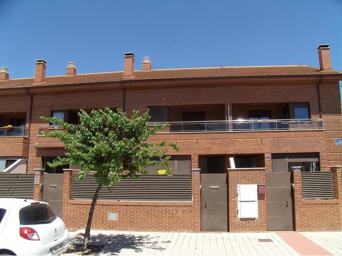 Foto 1 de Casa adosada en Calle Azafran 23 / Facultad de Medicina,  Albacete Capital