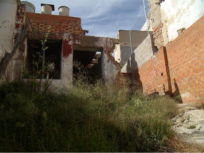 Foto 8 de Casa adosada en Calle Alba 15 / Hellín