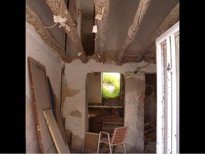 Foto 3 de Casa adosada en Calle Alba 15 / Hellín