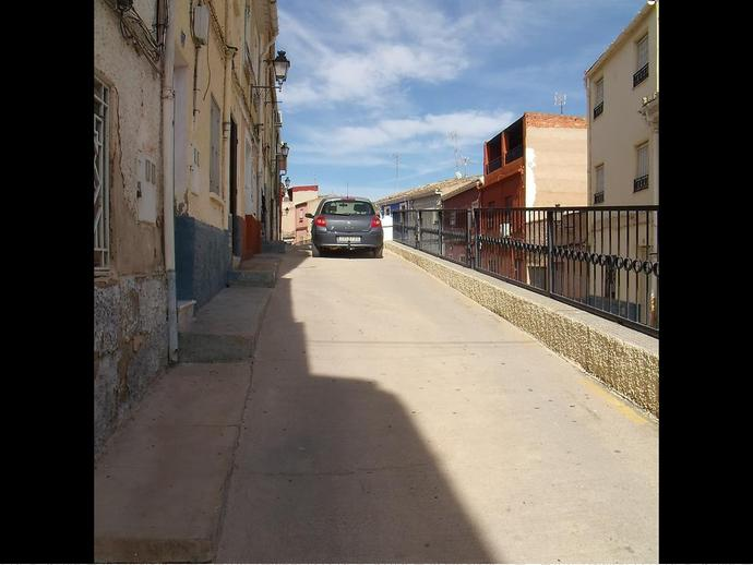 Foto 15 de Casa adosada en Calle Alba 15 / Hellín