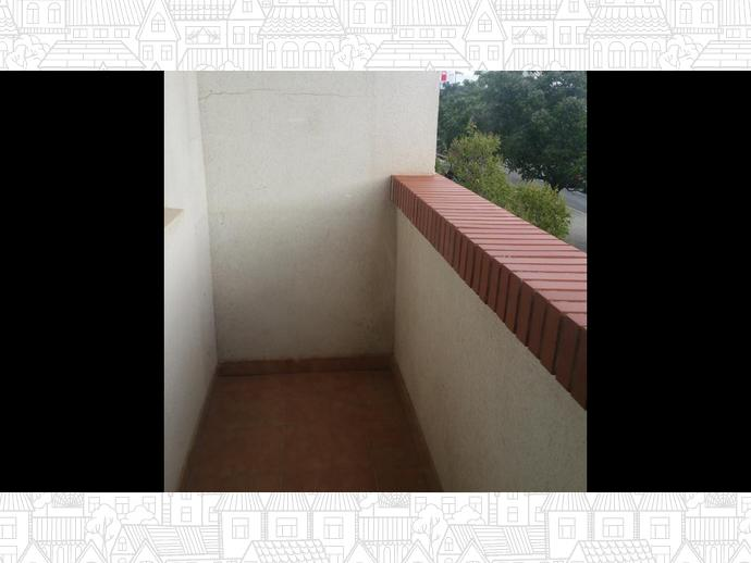 Foto 3 de Apartamento en Avenida Primero De Mayo 20 / Santa Teresa - Vereda,  Albacete Capital