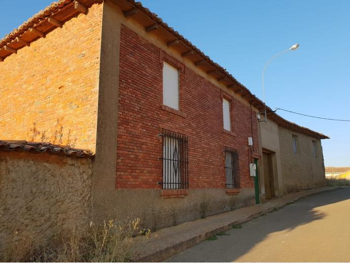 Photo 1 of Rural property in Street La Fuente 9 / Gradefes