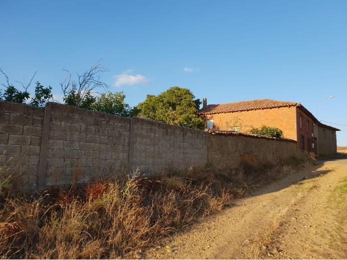 Photo 2 of Rural property in Street La Fuente 9 / Gradefes