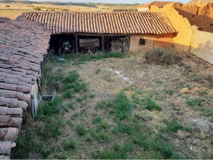 Photo 4 of Rural property in Street La Fuente 9 / Gradefes