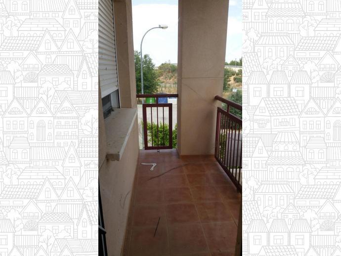 Foto 2 de Casa adosada en Calle Pintor Alfonso Quijada / La Gineta