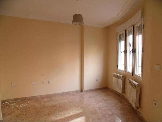 Foto 2 de Apartamento en  Cid, 6 / Carretas - Pajarita,  Albacete Capital