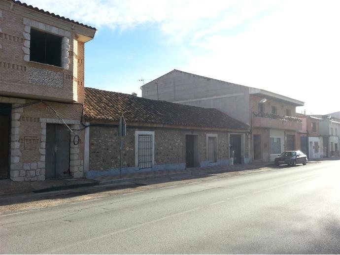 Foto 3 de Terreno Residencial en Paseo Del Cordon 58 / Villarrubia de los Ojos