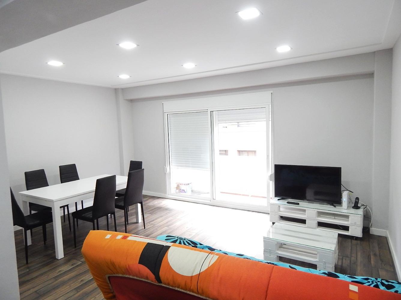 Baño Minusvalidos Segunda Mano:11 días Adaix vende un excelente piso recién reformado en el Centro