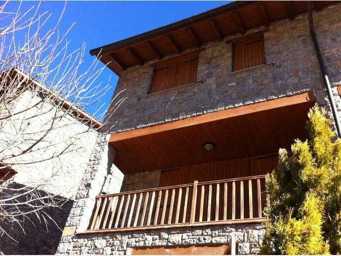 Foto 2 de Casa adosada en  Carretera Carretera Josa, 29 / Gósol
