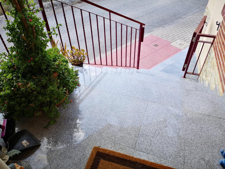 Alquiler Casa  Pedanías noreste - monteagudo. Se alquila o vende excelente duplex en monteagudo.