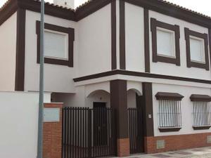 Casa adosada en Alquiler en A Estrenar!!! Muy Economico... Obra Nueva / Norte