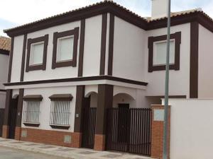 Alquiler Vivienda Casa adosada estrena tu vivienda sin pagar entrada