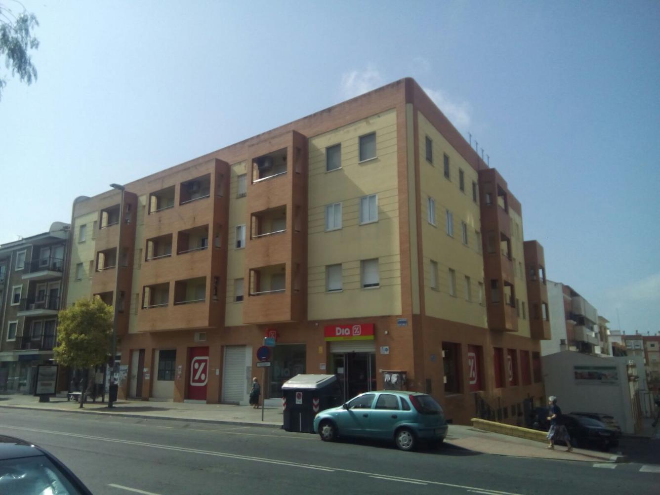 Piso en venta en Huelva Capital - Reina Victoria - Matadero