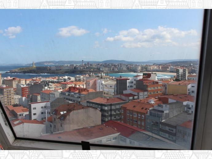Foto 20 de Piso en A Coruña ,Peruleiro-R. Outeiro-S. Pedro De Visma / Agra del Orzán - Ventorrillo - Vioño, A Coruña Capital