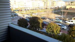 Piso en Alquiler en Avenida de Madrid / La Paloma - Asfain