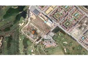 Terreno Urbanizable en Venta en Alemania, 200 / Sur