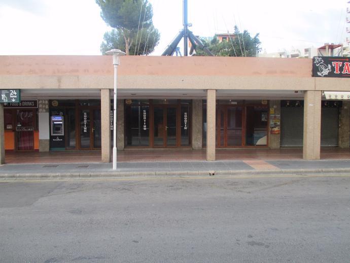 Foto 1 de Local comercial en  Punta Ballena / Magaluf - Palmanova - Badia de Palma, Calvià