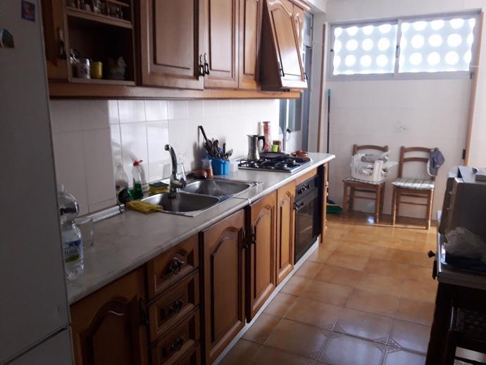 Piso en m laga capital en este en calle solisdan 141359292 for Alquiler piso el palo malaga