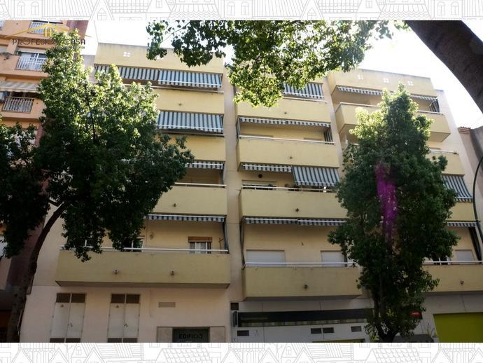 Foto 1 de Piso en Calle Alameda De Capuchinos / El Ejido - La Merced - La Victoria, Málaga Capital