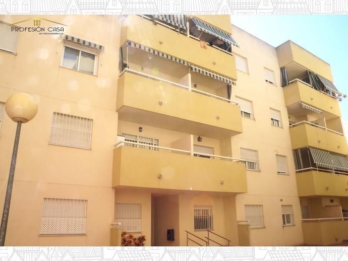 Foto 2 de Piso en Calle Alameda De Capuchinos / El Ejido - La Merced - La Victoria, Málaga Capital
