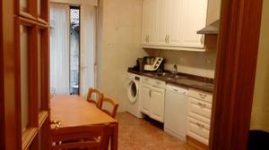Piso en Venta en Hermosa Vivienda de 4 Habitaciones, Con Ascensor, Calefaccion Gas Tot Reformada / Tolosa