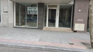 Local comercial en Alquiler en Capitan Haya, 38 / Tetuán