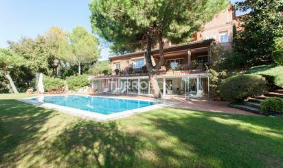 Wohnimmobilien und Häuser zum verkauf in FGC Baixador de Vallvidrera, Barcelona