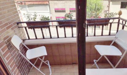 Pisos en venta con terraza en Cercanías La Peña, Bizkaia