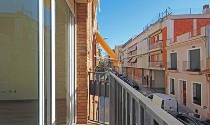 Casas adosadas en venta en Metro Camp de l'Arpa, Barcelona