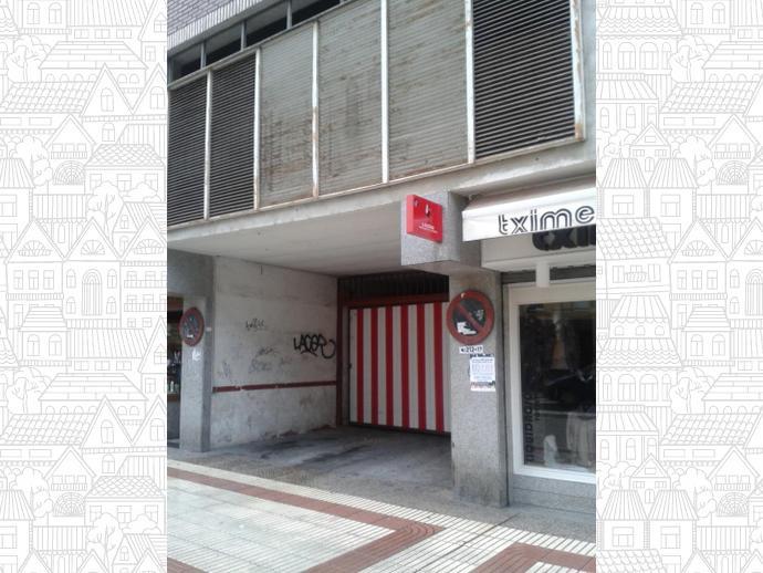 Garaje en laudio llodio en centro 134024188 fotocasa for Muebles llodio