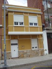 Casa adosada en Venta en De León / Allende el Río