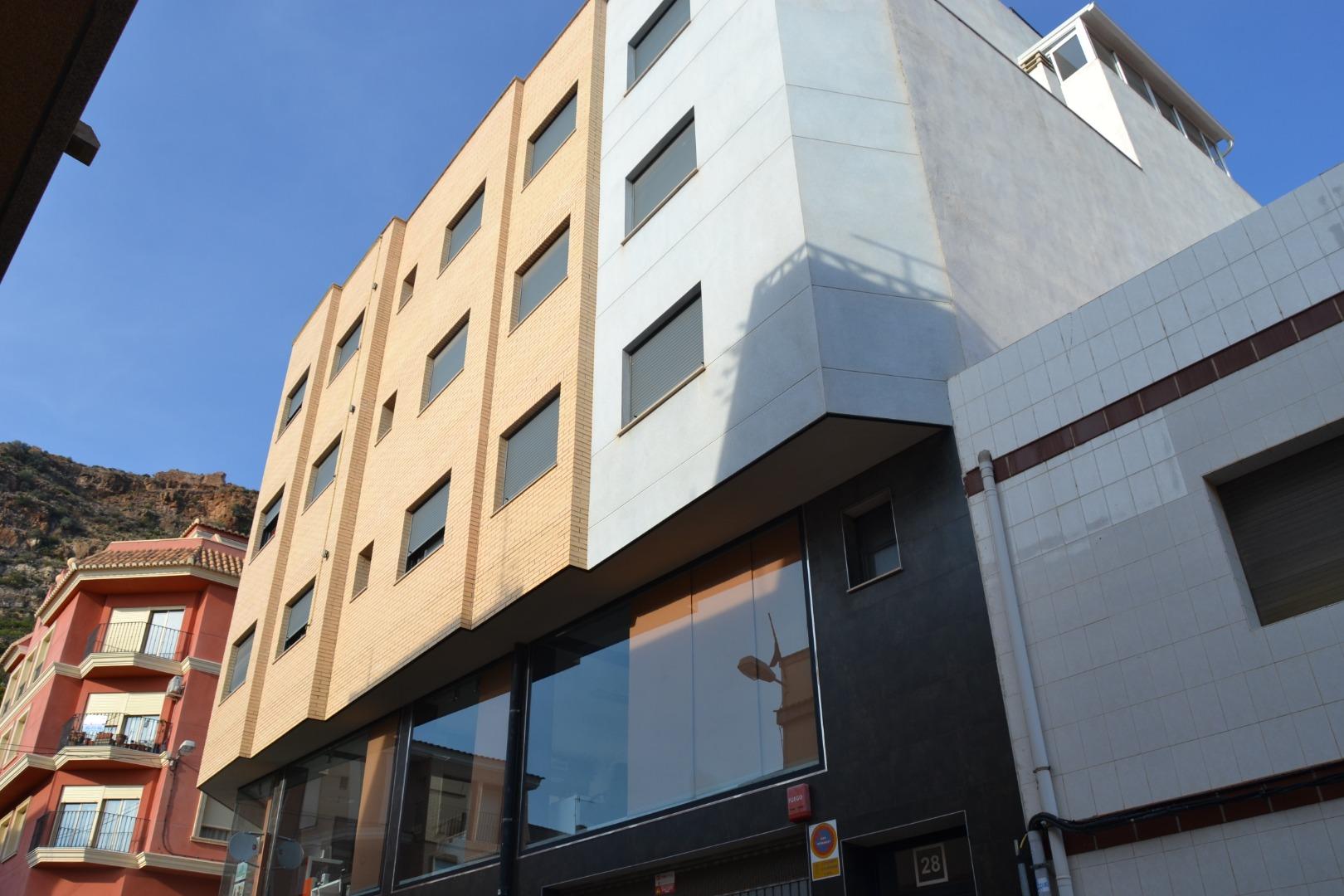 Lloguer Pis  Calle jaime i, 28. ! piso semi nuevo vacio en Almenara !