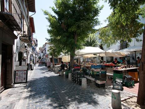 Pisos en venta con calefacción en Granada Capital