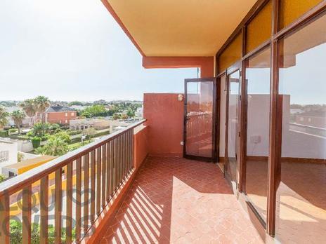 Viviendas en venta con terraza en Roquetas de Mar