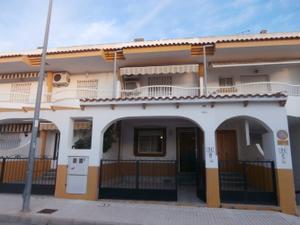 Casa adosada en Venta en Pedro Sanchez / Pilar de la Horadada