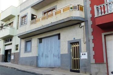 Piso en venta en Calle Aguatona, Moya (Las Palmas)
