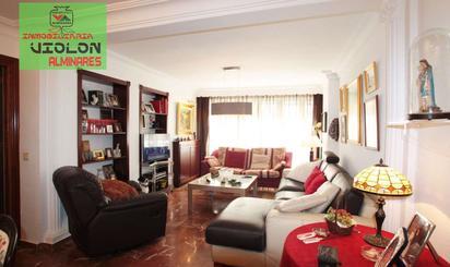 Viviendas y casas de alquiler en Genil, Granada Capital