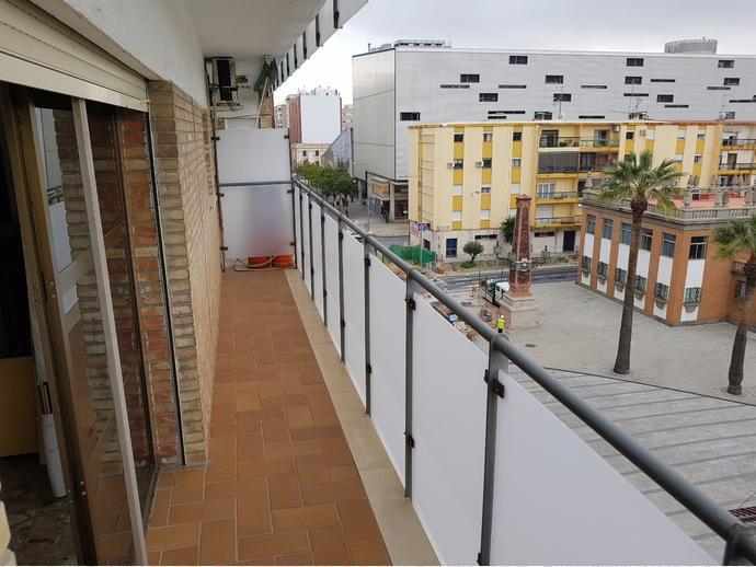 Piso en huelva capital en centro en calle marina 142409780 for Piso huelva centro