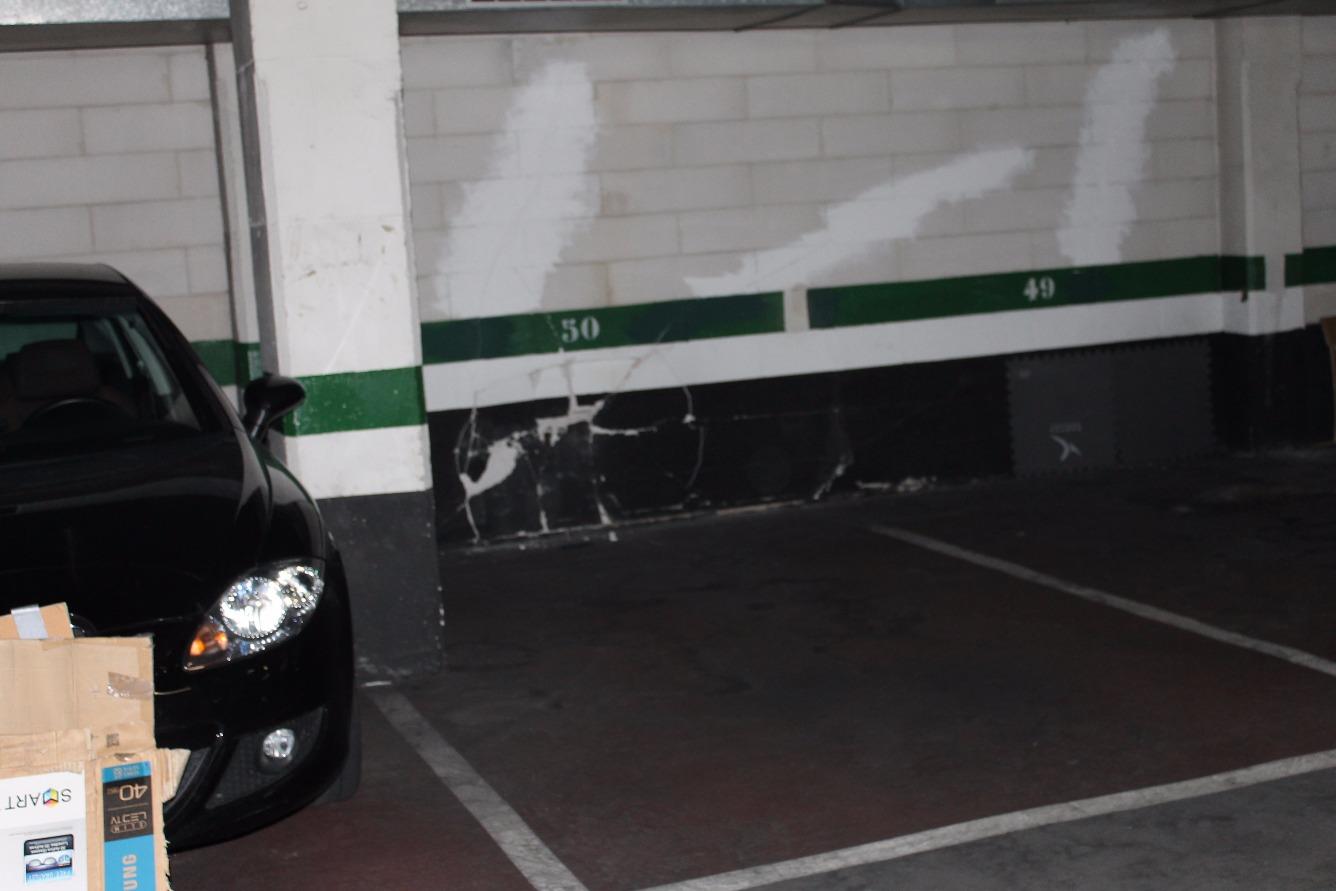 Garaje en venta en Sagrada Família
