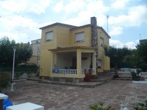 Casa-Chalet en Venta en Zona Can Riera / Palau-solità i Plegamans