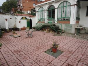 Chalet en Venta en San Roque / Sant Vicenç Dels Horts
