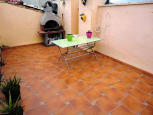 Dúplex en Venta en La Vinyala / Sant Vicenç Dels Horts