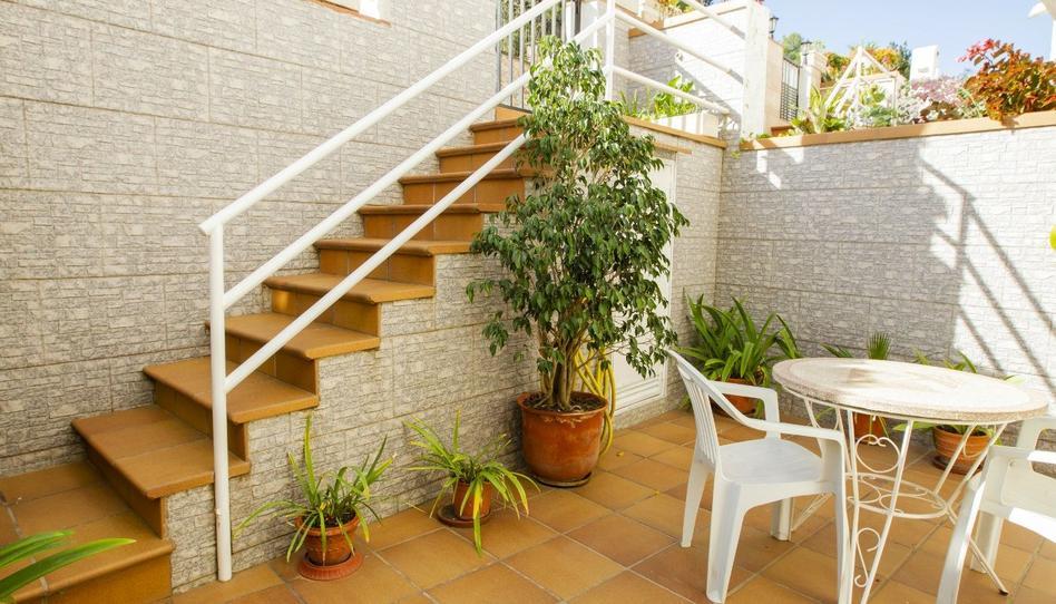 Foto 1 de Casa adosada en venta en Urbanitzacions, Barcelona