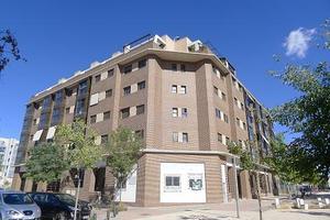 Piso en Alquiler en Moratilla de Henares / Villa de Vallecas
