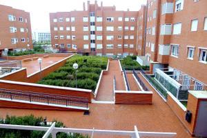 Piso en Alquiler en Puentedey / Villa de Vallecas