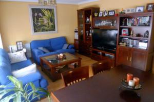 Piso en Alquiler en Fernando Chueca y Goitia / Villa de Vallecas